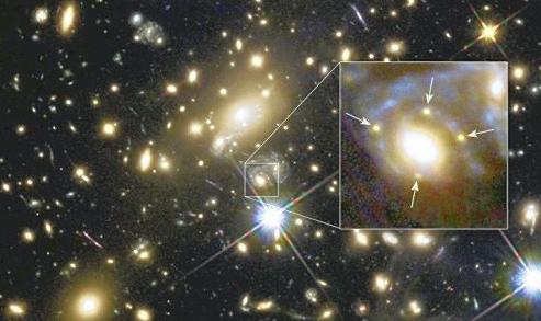 超新星爆発を発見重力レンズ